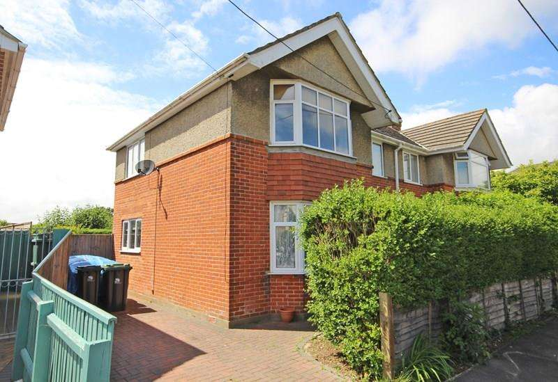 3 Bedrooms Semi Detached House for sale in Solent Road, Walkford, Christchurch