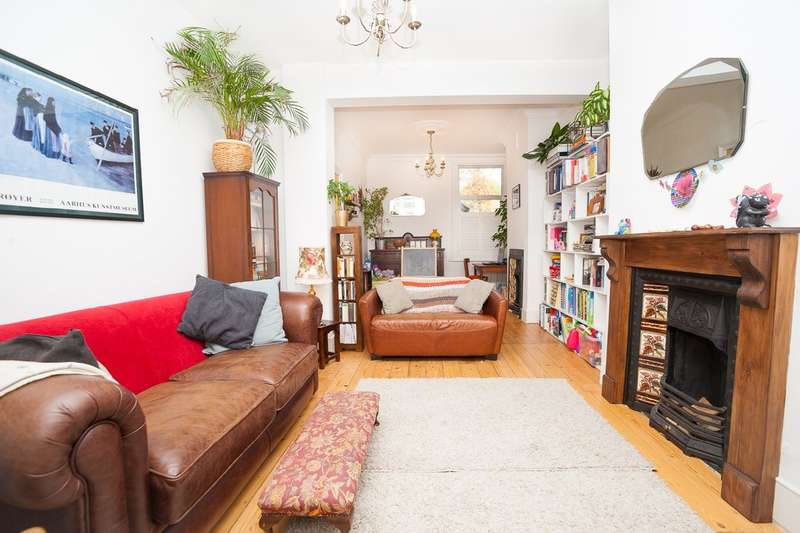 3 Bedrooms Terraced House for sale in Oldfield Road, Harlesden NW10