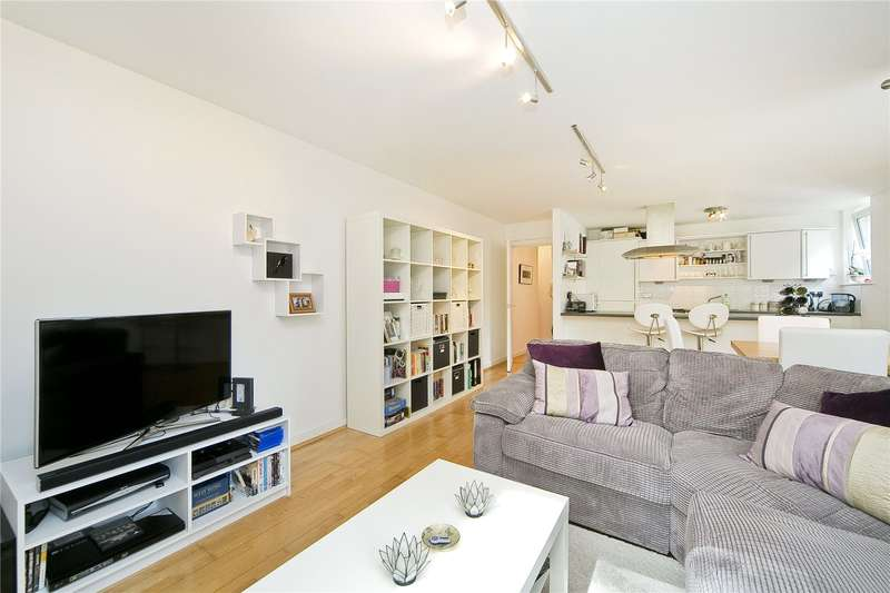 2 Bedrooms Flat for sale in Seward Street, Clerkenwell, EC1V