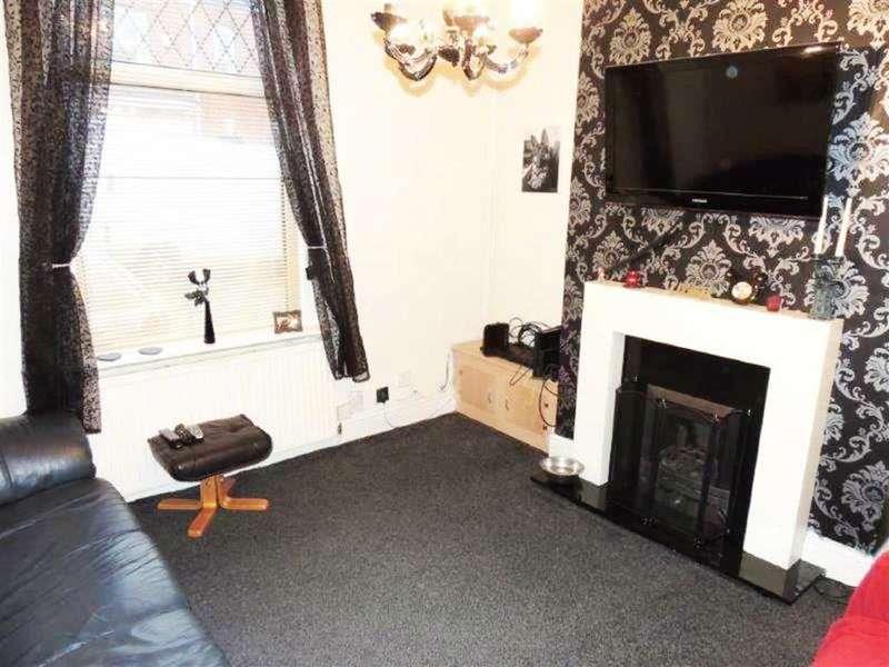4 Bedrooms Property for sale in Fairfield Road, Droylsden, Manchester