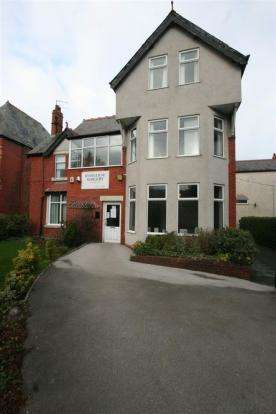 Detached House for sale in Conway Road, Colwyn Bay, Conwy, LL29 7LE