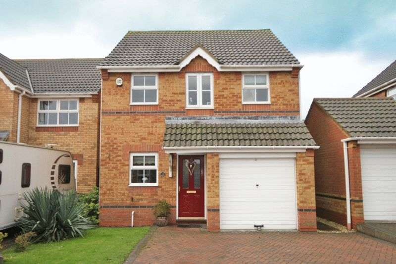 3 Bedrooms Detached House for sale in VINCENT ROAD, SCARTHO PARK