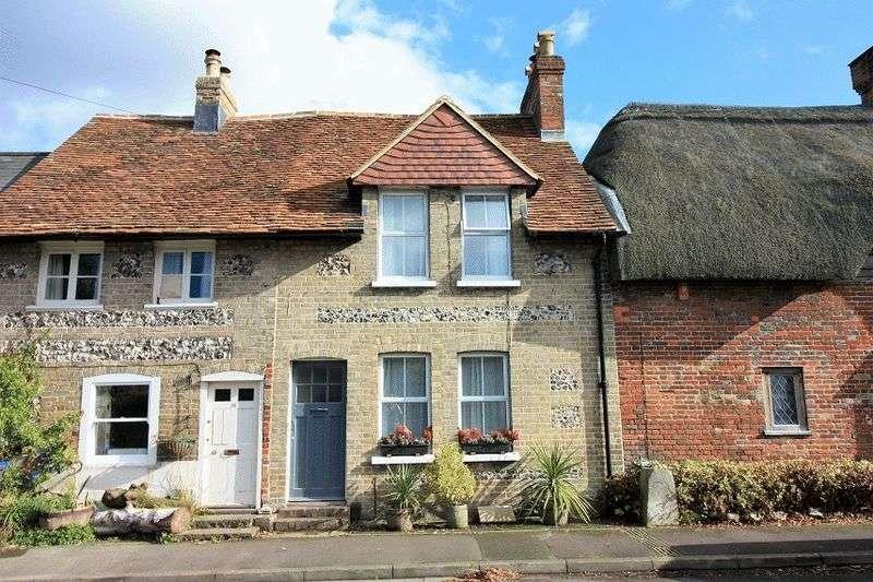 2 Bedrooms Terraced House for sale in 33 Upper Street, Harnham, Salisbury
