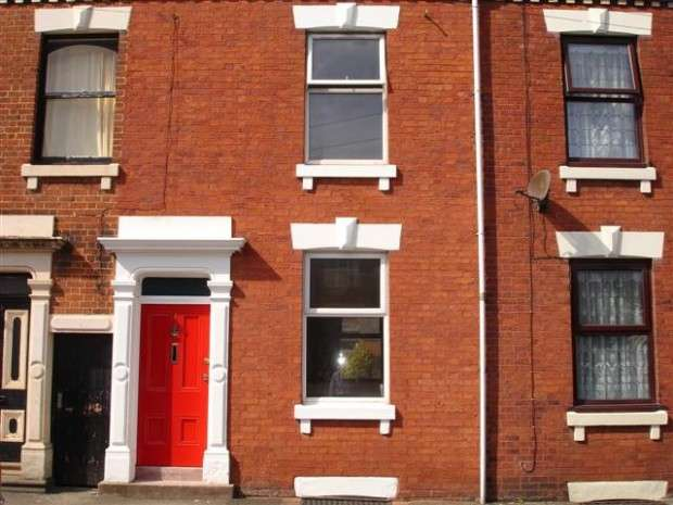 2 Bedrooms Terraced House for sale in Haysworth Street, Preston, PR1
