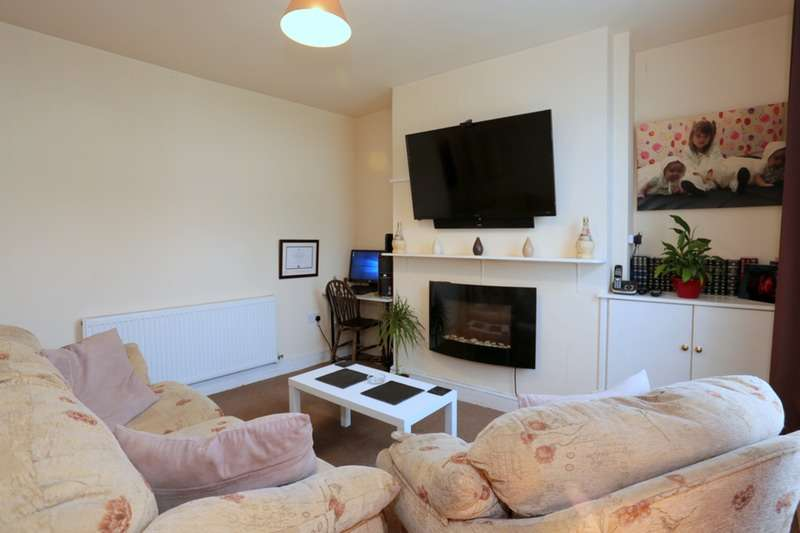 3 Bedrooms Terraced House for sale in Russell Terrace, Burnley, Lancashire, BB12