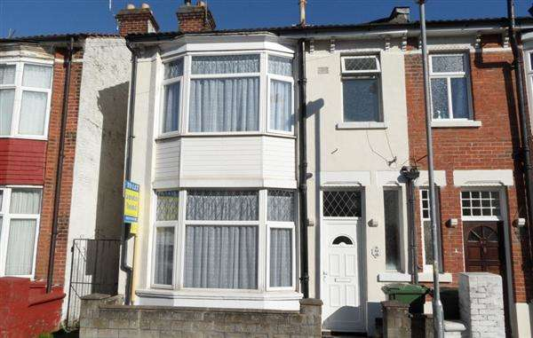 3 Bedrooms Terraced House for sale in St Augustine Road, Southsea