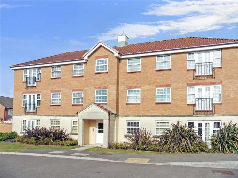 2 Bedrooms Apartment Flat for sale in Hancock Way, Shoreham-By-Sea, West Sussex