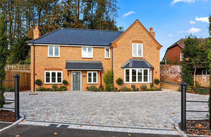 3 Bedrooms Semi Detached House for sale in Henley Road, Marlow, Buckinghamshire, SL7