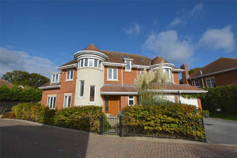 5 Bedrooms Detached House for sale in Springmead, Lymington, Hampshire, SO41