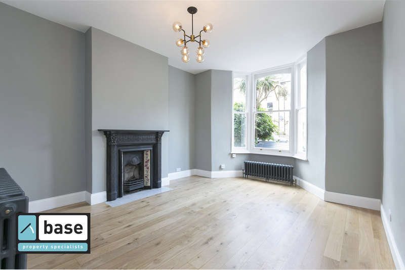 1 Bedroom Ground Flat for sale in Stradbroke Road, Highbury, N5