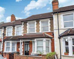 1 Bedroom Flat for sale in Frant Road, Thornton Heath