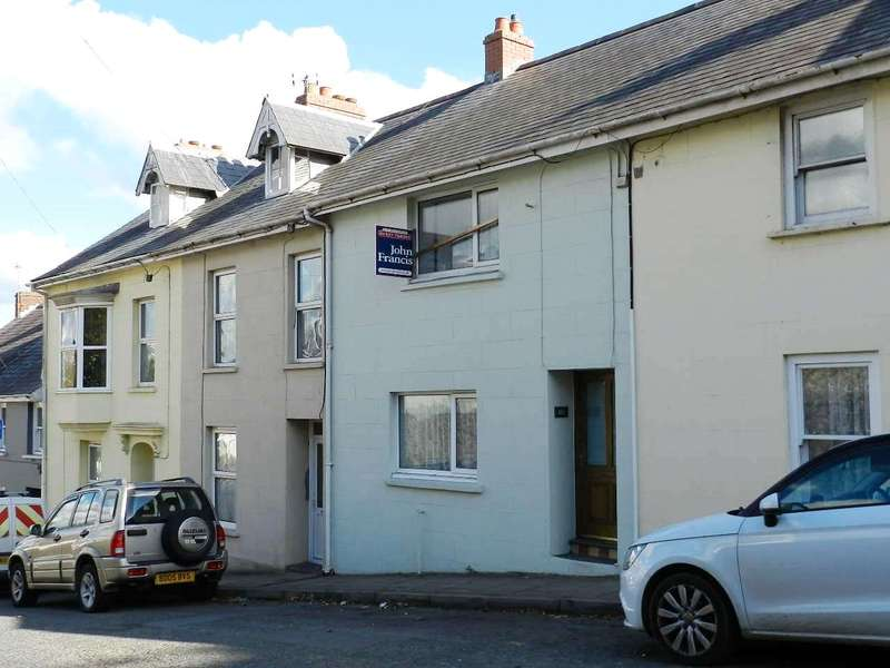 2 Bedrooms Terraced House for sale in Barn Street, Haverfordwest, Pembrokeshire