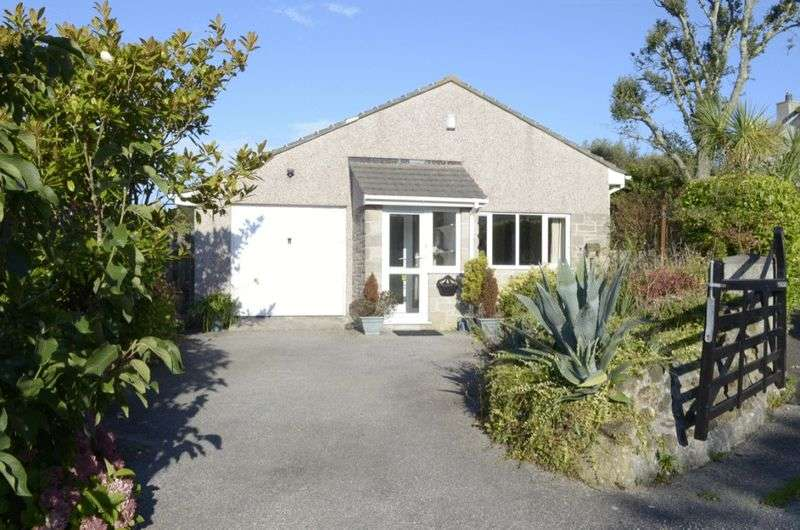 3 Bedrooms Detached Bungalow for sale in Gwel Trencrom, Hayle