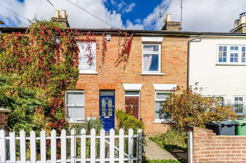 2 Bedrooms Terraced House for sale in Maynard Road, Walthamstow Village, E17