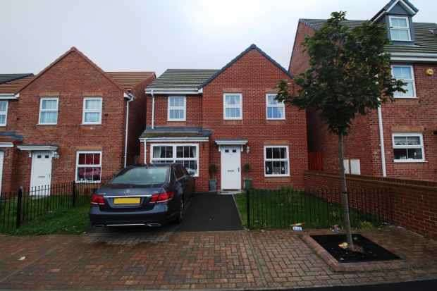 4 Bedrooms Detached House for sale in Chatham Road, Hartlepool, Durham, TS24 8FE