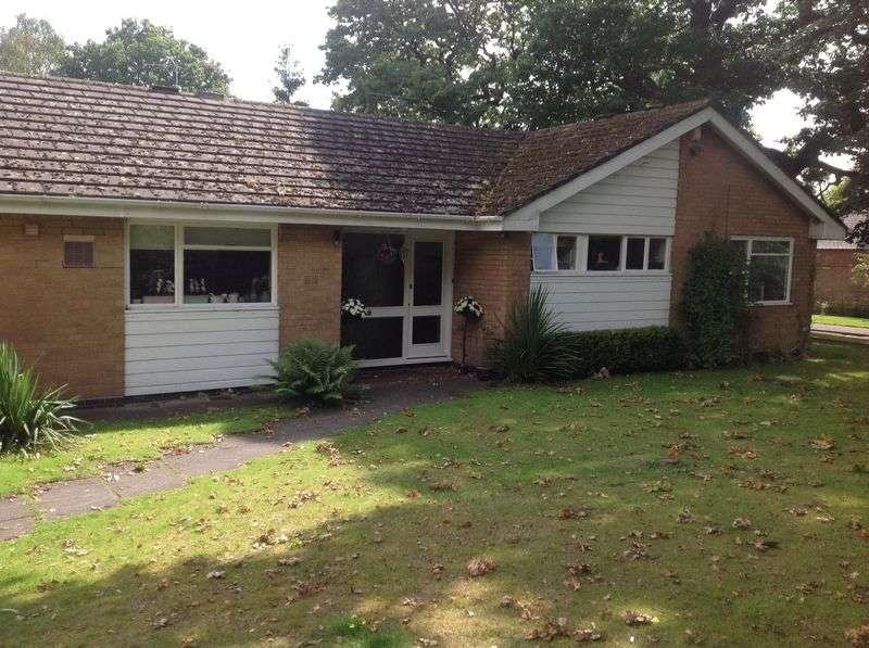 3 Bedrooms Detached Bungalow for rent in Norfolk Road, Birmingham