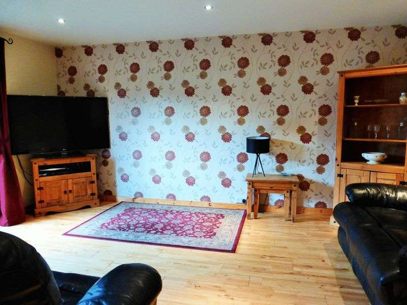 4 Bedrooms Semi Detached Bungalow for sale in Landsmoor Drive, Longton, Preston