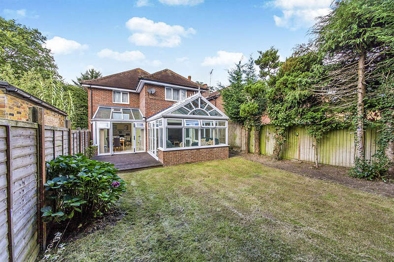 5 Bedrooms Detached House for sale in Runcie Close, St. Albans, AL4