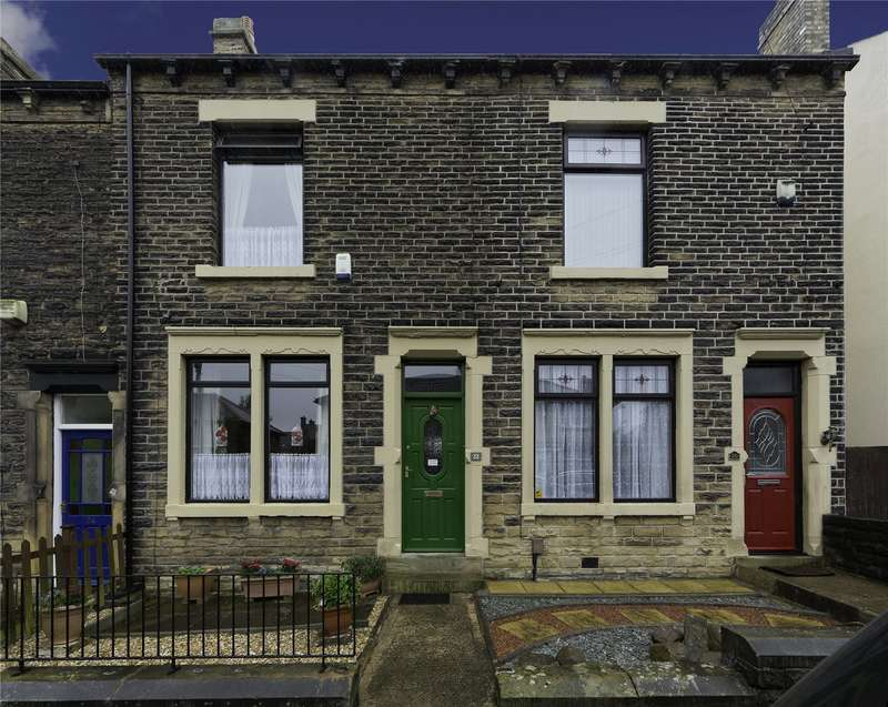 4 Bedrooms Terraced House for sale in St. Vincent Road, Pudsey, West Yorkshire, LS28