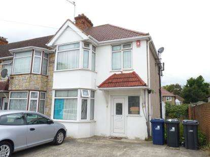 3 Bedrooms End Of Terrace House for sale in Sutherland Road, Southall