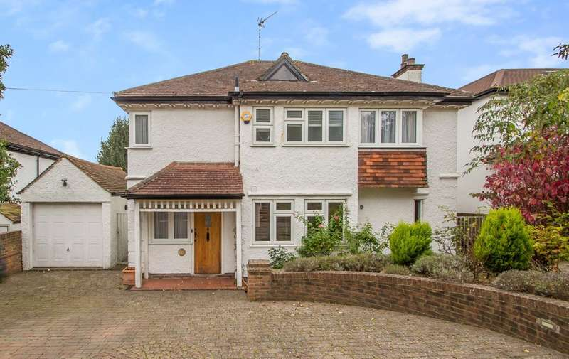 4 Bedrooms Detached House for sale in Oakwood Avenue, Purley, CR8 1AR