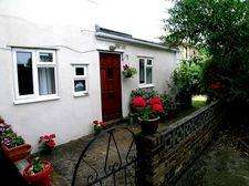 1 Bedroom Flat for sale in Hartfield Road, London SW19