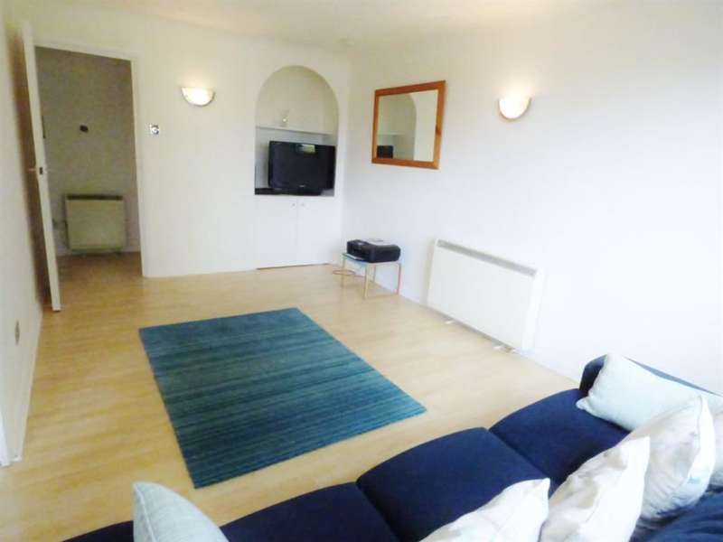 1 Bedroom Flat for sale in Manor House, Manor Vale, , TW8 9JB