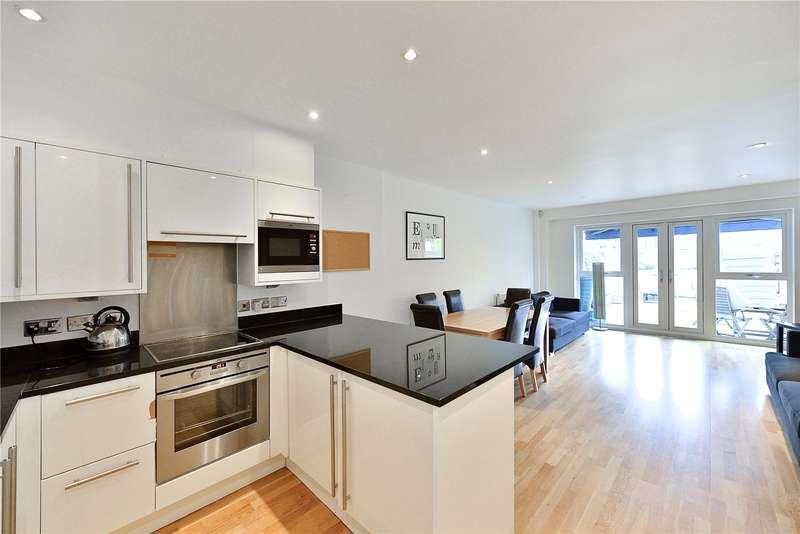 3 Bedrooms Terraced House for sale in Woodbridge Street, Clerkenwell, London, EC1R
