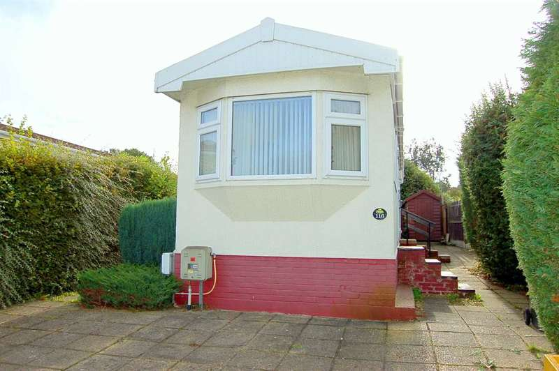 1 Bedroom Park Home Mobile Home for sale in Templeton Park, Bakers Lane, Chelmsford