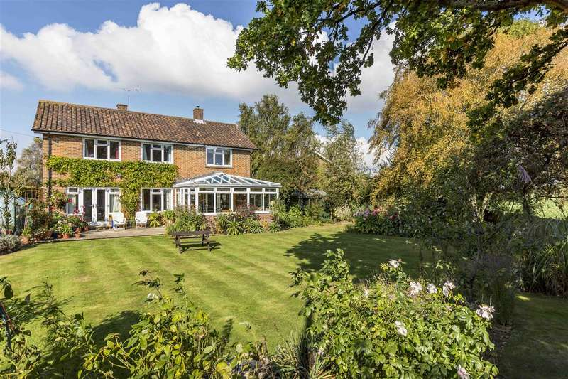 3 Bedrooms Detached House for sale in Boxgrove, Near Chichester