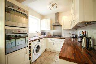 3 Bedrooms House for sale in Sunningdale Road, Cheam, Sutton