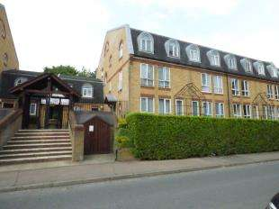 1 Bedroom Flat for sale in Riverside Walk, The Alders, West Wickham