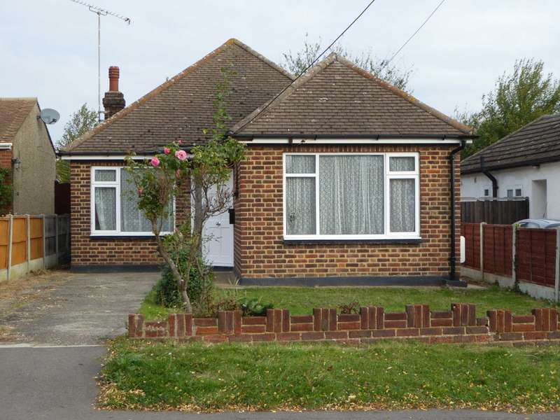 3 Bedrooms Bungalow for sale in Athelstan Gardens, Wickford