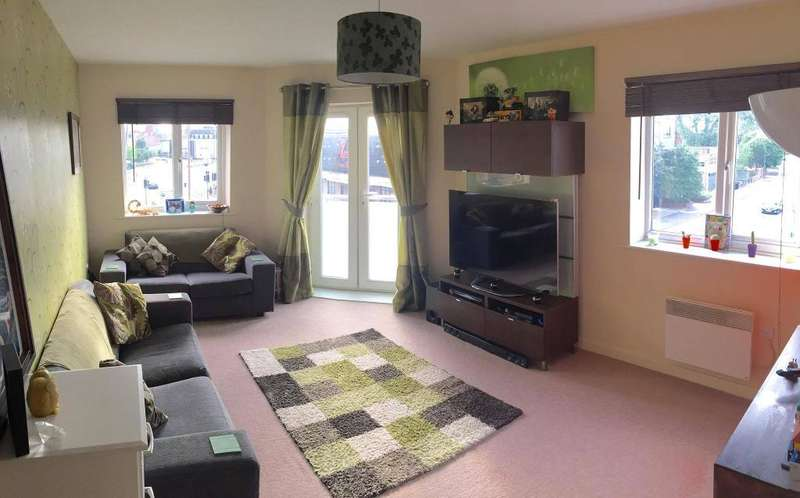 2 Bedrooms Apartment Flat for sale in Tradewinds, Old Harbour Court, Hull, HU2 8HZ