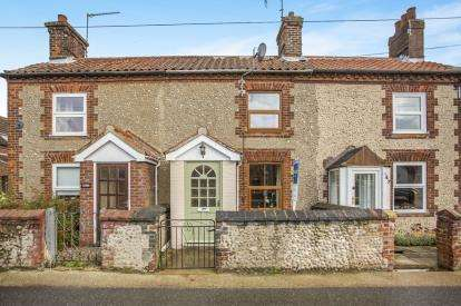 2 Bedrooms Terraced House for sale in Briston, Melton Constable, Norfolk