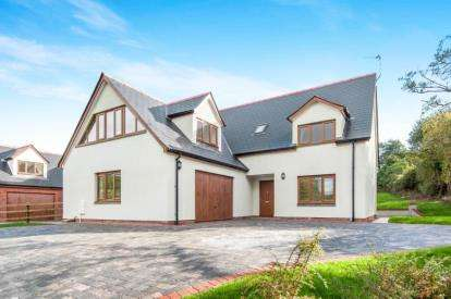 4 Bedrooms Detached House for sale in Secmaton Lane, Dawlish, Devon