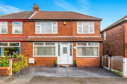 4 Bedrooms Semi Detached House for sale in Milton Road, Audenshaw, Manchester, Greater Manchester