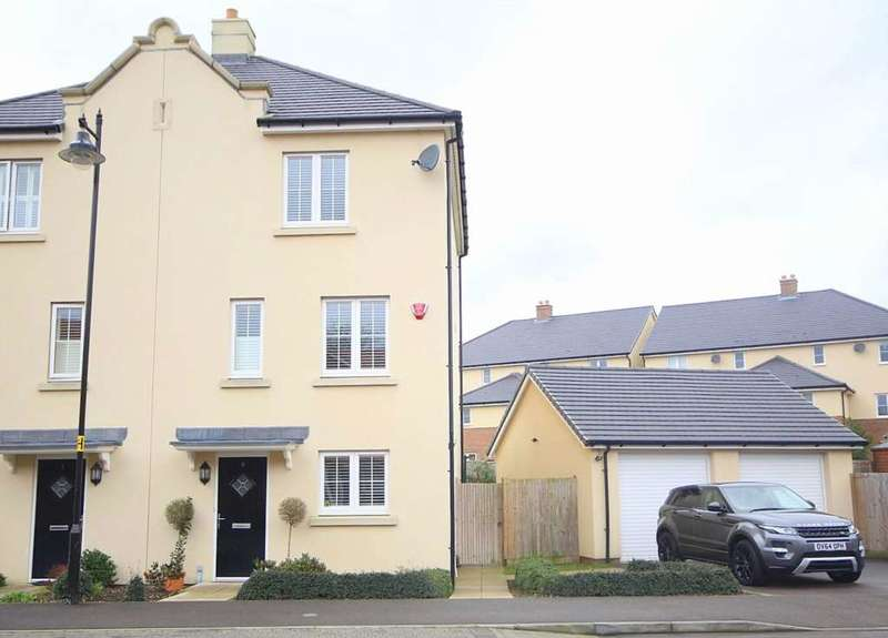 4 Bedrooms House for sale in 4 BED SEMI - 2 ENSUITES IN CROXLEY GREEN, Pevensey Way, Croxley Green