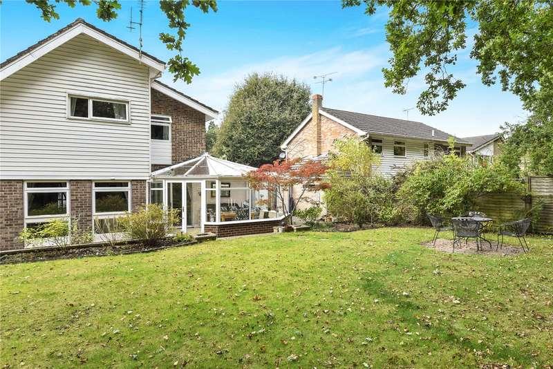 4 Bedrooms Detached House for sale in Cherrydale Road, Camberley, Surrey, GU15