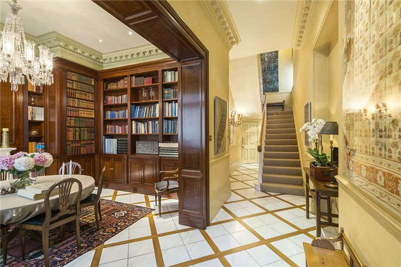 6 Bedrooms Semi Detached House for sale in Ennismore Gardens, London, SW7