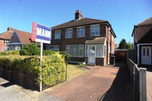 3 Bedrooms Semi Detached House for sale in Allerford Road, Beckenham Hill/Catford, London