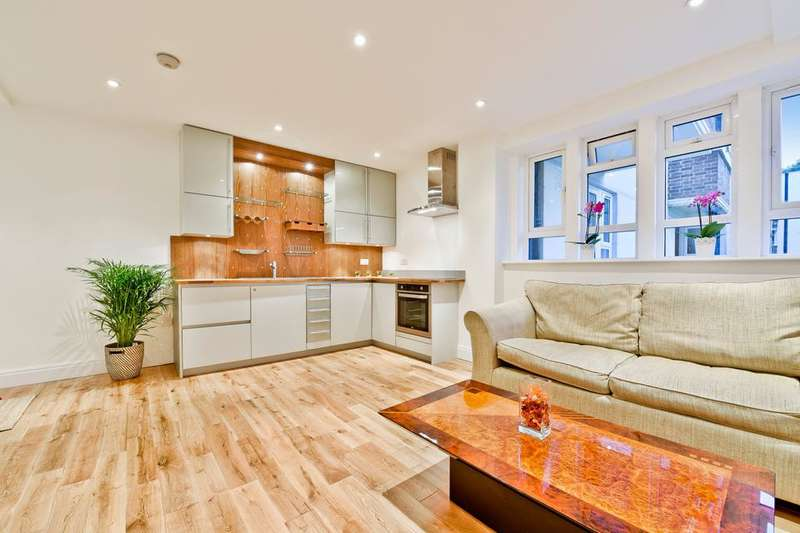 1 Bedroom Flat for sale in Nunhead Lane, London SE15