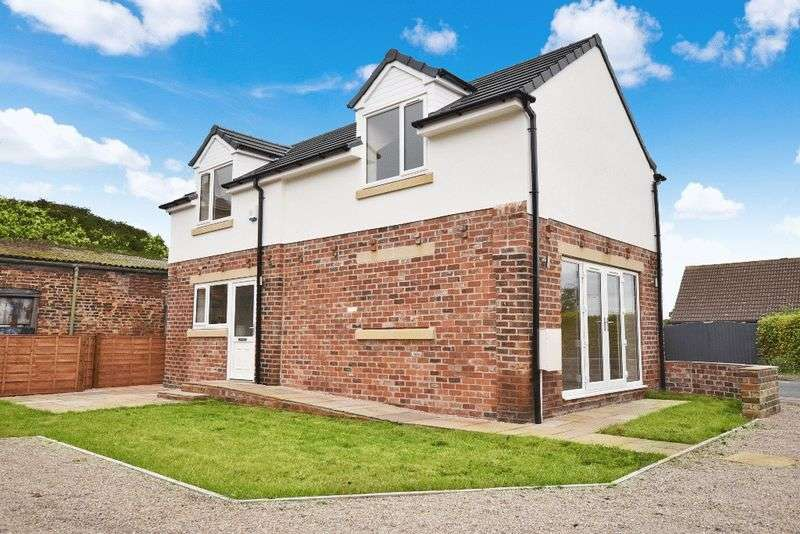 2 Bedrooms Detached House for sale in New Road, Old Snydale