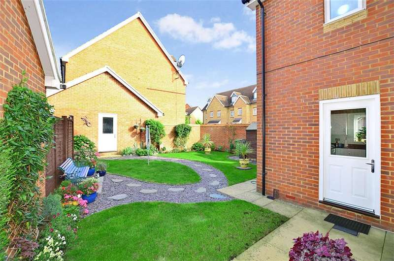 3 Bedrooms Detached House for sale in Long Shaw Close, Boughton Monchelsea, Maidstone, Kent