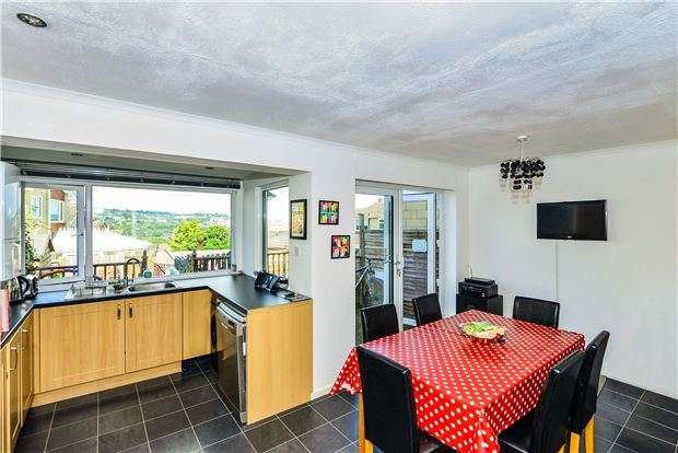 3 Bedrooms Terraced House for sale in Loxley Gardens, BATH, Somerset, BA2 1HS