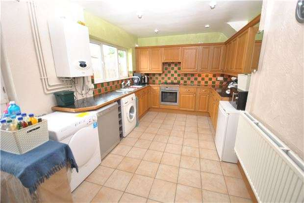 3 Bedrooms Terraced House for sale in Collinson Road, Hartcliffe, Bristol, BS13 9PS