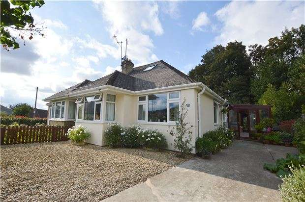 3 Bedrooms Semi Detached Bungalow for sale in Noverton Avenue, Prestbury, CHELTENHAM, Gloucestershire, GL52 5DB