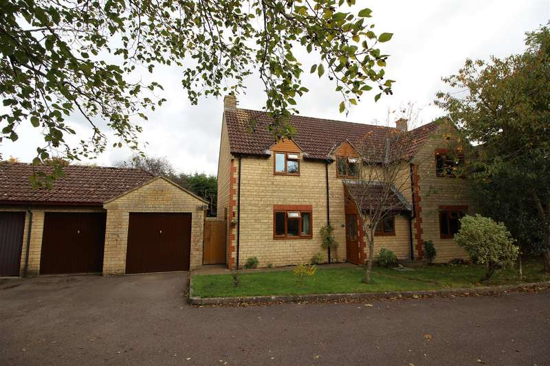 4 Bedrooms Property for sale in Cooks Close, Lower Stanton St. Quintin, Chippenham