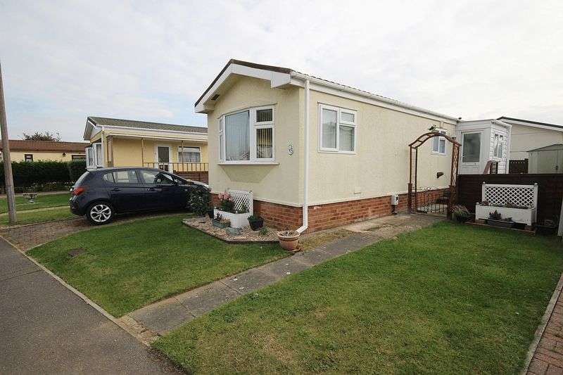 1 Bedroom Detached Bungalow for sale in Park Road, Wilstead