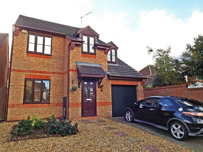 4 Bedrooms Detached House for sale in Chandler Gardens, Thrapston, Northamptonshire, NN14